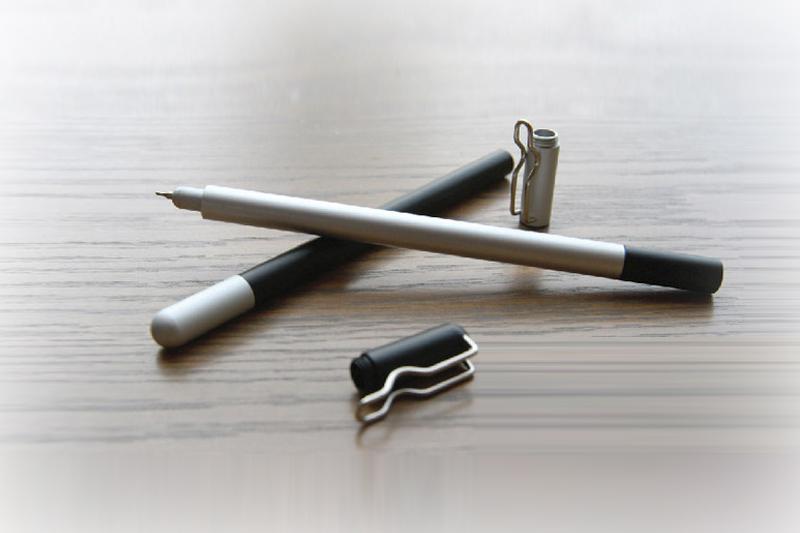 TAKUMI Pen: A Minimal & Versatile Stationery